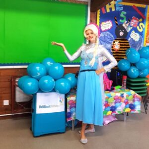 Queen Elsa Lookalike Party