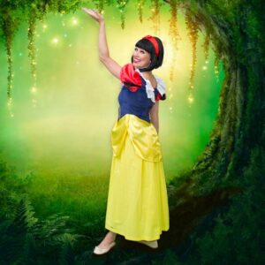 Snow White Themed Kids Party