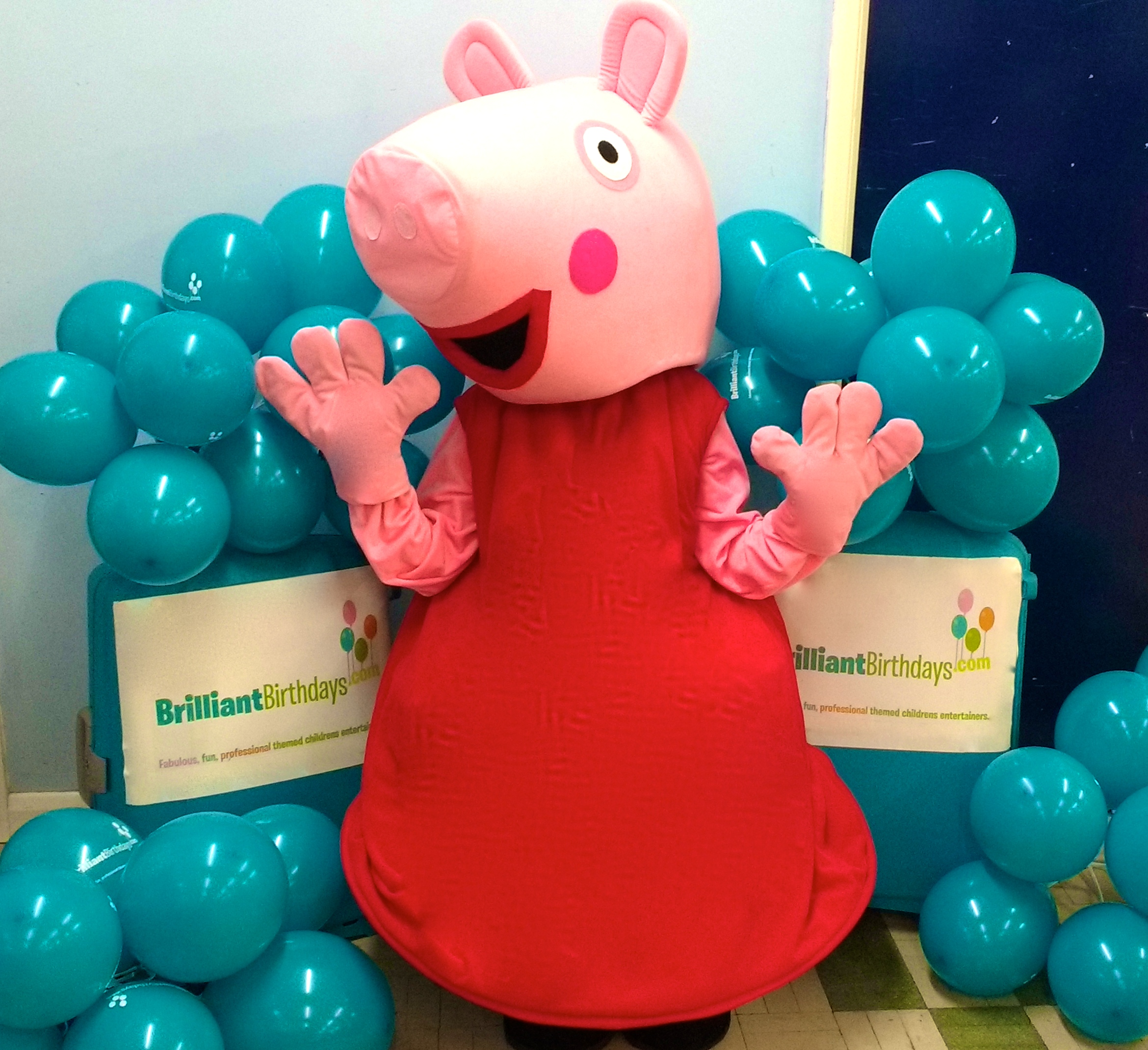 Peppa Pig Entertainer London Peppa Party With Mascot Brilliant