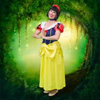 Snow White Themed Party Entertainer London