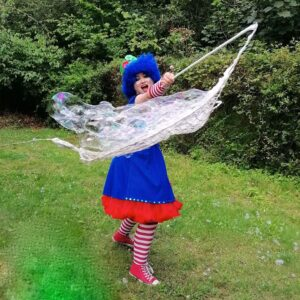 Clumsy Clown Giant Bubble Performance