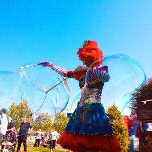 Giant Bubbleology Fun