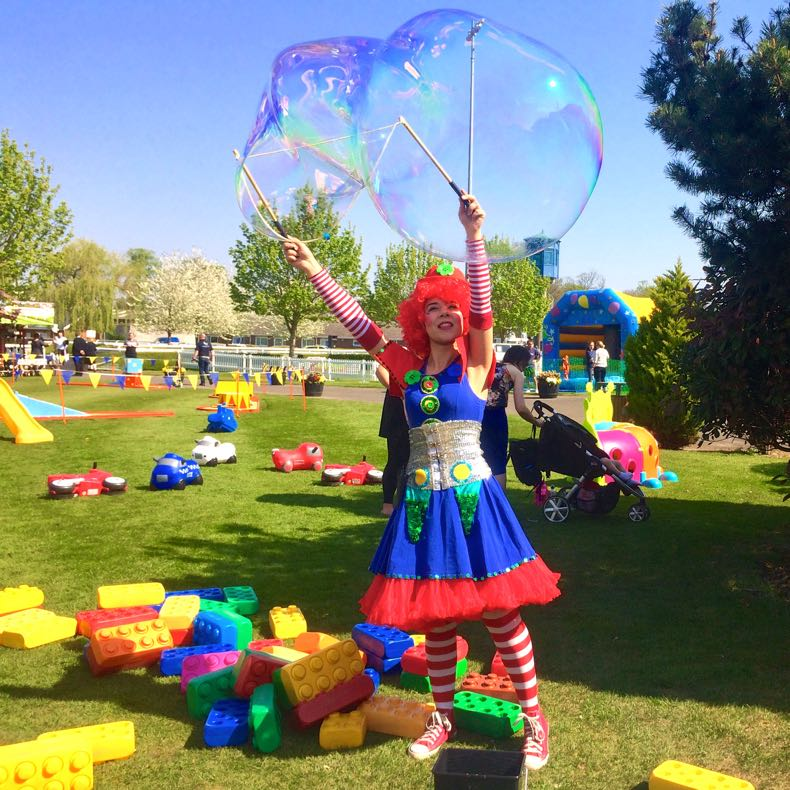 Clumsy Clown Bubble Meet & Greet