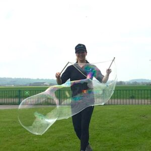 No Theme No Problem Giant Bubble Performance